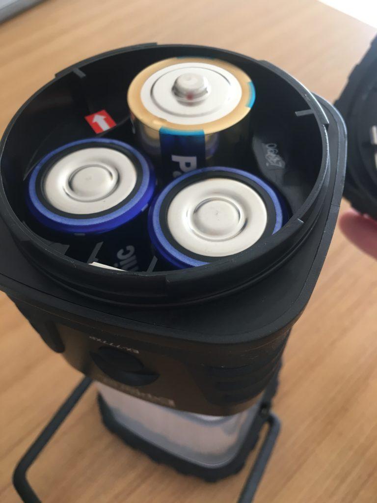 LEDランタンの電池部分