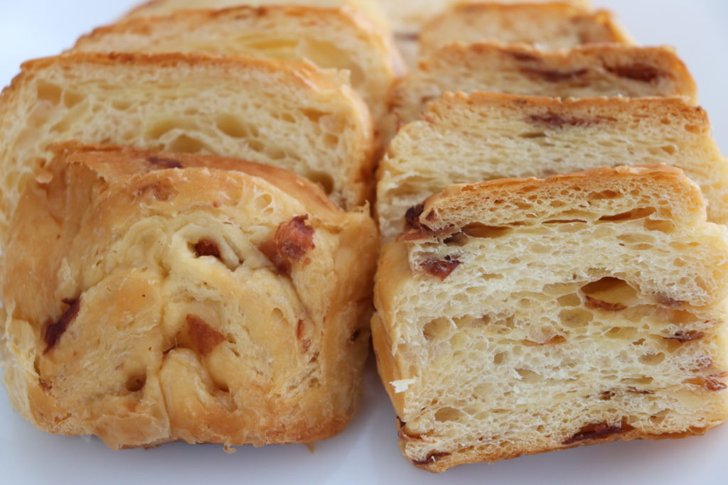 レーズンのパン